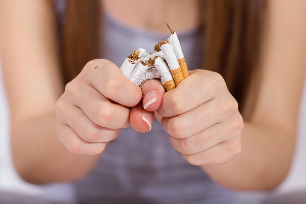 Para quem é fumante há muitos anos, parar de fumar torna-se um desafio. Segundo uma pesquisa publicada em 2018 pela revista britânica The Lancet, o País teve uma queda de 29% para 12% entre homens e de 19% para 8% entre mulheres.